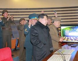 Triều Tiên sắp đóng tàu ngầm hạt nhân có khả năng phóng tên lửa đạn đạo
