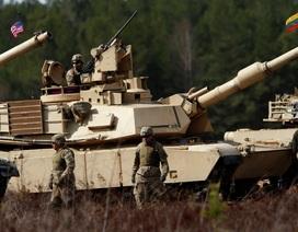 Mỹ điều xe tăng tới sát biên giới Nga để tập trận