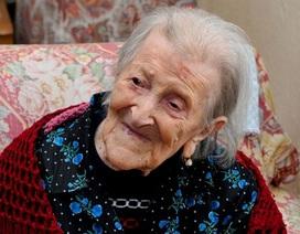 Cụ bà già nhất thế giới tiết lộ bí quyết sống thọ