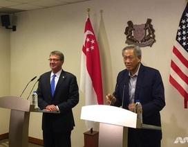 Bộ trưởng Quốc phòng Mỹ và Singapore thị sát eo biển Malacca