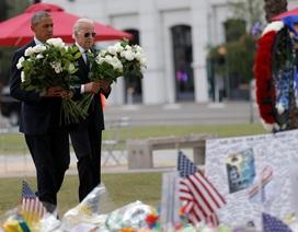 Tổng thống Obama đặt 49 bông hồng tưởng niệm nạn nhân vụ thảm sát hộp đêm