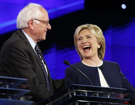 Thượng nghị sĩ Sanders sẽ bỏ phiếu cho bà Clinton