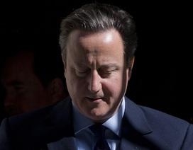 Giây phút Thủ tướng Anh bật khóc vì cuộc chia ly Anh-EU