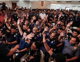 Hàng loạt quan chức buôn ma túy ở Philippines ra đầu thú sau lời đe dọa của tổng thống