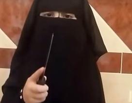 """""""Đao phủ nhí"""" tập hành quyết bằng dao trong video mới nhất của IS"""