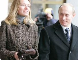 Tổng thống Putin chia sẻ về công việc của hai ái nữ