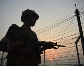 Ấn Độ xây boong-ke ở khu vực biên giới với Pakistan