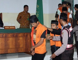 Indonesia cho phép thiến kẻ hiếp dâm trẻ em