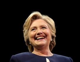 70 chủ nhân giải thưởng Nobel ủng hộ bà Hillary Clinton