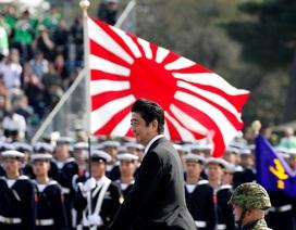 Quân đội Nhật Bản duyệt binh, nhận nhiệm vụ mới từ Thủ tướng
