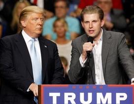 Con trai ông Trump gặp rắc rối vì ủng hộ cha sai cách