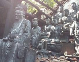 Cả làng bất lực nhìn lửa thiêu rụi ngôi chùa 300 tuổi