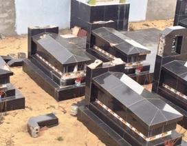 Vụ hàng chục bia mộ bị đập phá: Do mâu thuẫn ranh giới địa chính?