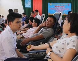Quảng Bình: Hơn 500 cán bộ, công chức, viên chức tham gia hiến máu tình nguyện