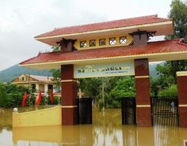 Nhiều trường học tại Quảng Bình bị chậm chương trình do mưa lũ
