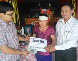 Quảng Bình: Gần 28 triệu đồng đến với gia đình hai chị em mất cha trong lũ