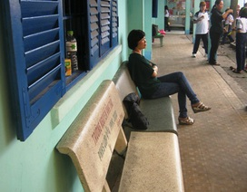 Cận cảnh trường nghèo nơi Sài thành