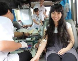 Người đi đường cũng hiến máu