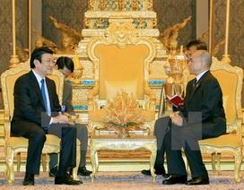 Chủ tịch nước Trương Tấn Sang hội kiến Quốc vương Campuchia