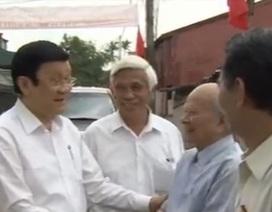 Chủ tịch nước thăm Bảo tàng chiến sĩ cách mạng bị địch bắt tù đầy