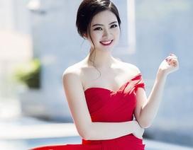 Hoa hậu Ngọc Anh rực rỡ với váy đỏ gợi cảm