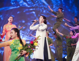 Phạm Thu Hà cảm xúc tươi mới tại Gala Giai điệu Tự hào