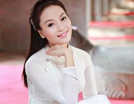 """Quán quân Sao Mai thể hiện ca khúc """"Tiếng Việt"""" đậm màu sắc Tết truyền thống"""