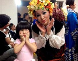 Danh hài Thúy Nga đón Tết cùng con gái ở Mỹ
