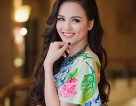 Hoa hậu Diễm Hương khoe vóc dáng hoàn hảo sau khi sinh con