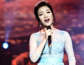 """Phạm Thu Hà hát """"Suối mơ"""" tưởng nhớ nhạc sĩ Văn Cao"""