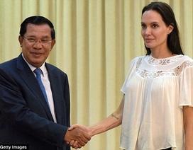 Angelina Jolie hội kiến Thủ tướng Campuchia để làm phim về Khmer Đỏ