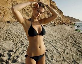 Quảng cáo đồ bơi của siêu mẫu nổi tiếng thế giới bị cấm tại quê nhà