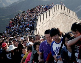 """Trung Quốc """"chật vật"""" giữ Vạn Lý Trường Thành"""