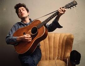 """Bob Dylan """"không buồn quan tâm"""" tới giải Nobel Văn học"""