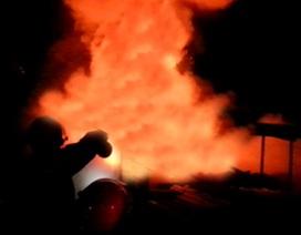 Nghệ An: Cháy lớn ở khu công nghiệp Đông Vĩnh