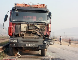Nghệ An: Ôtô đâm liên hoàn, QL1A ách tắc nhiều km