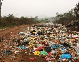 Dân ngại đi vì đường ngập ngụa rác