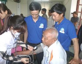 Tuổi trẻ đồng hành cùng các cựu chiến binh Điện Biên