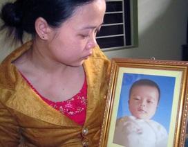 """Trẻ tử vong sau tiêm vắc xin, người nhà """"tố"""" cán bộ Trạm Y tế tắc trách"""