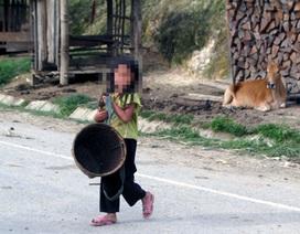 Hai bé gái bị hãm hại