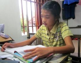 Cô học trò nghèo nuôi ước mơ từ những trang giấy nát