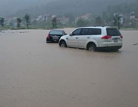 Đợt mưa lũ gây thiệt hại nặng nề với cả đất liền và trên biển