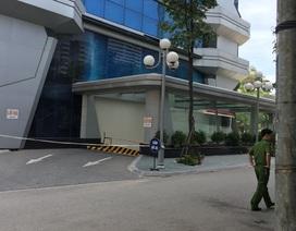 Hà Nội: Một phụ nữ rơi từ tầng 14 tòa nhà cao tầng