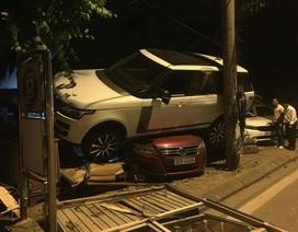 """Range Rover """"ngồi chễm chệ"""" trên... nóc xe Volkswagen"""