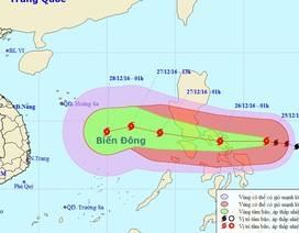 Bão giật cấp 17 đang hướng vào Biển Đông