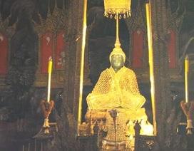 Chiêm ngưỡng báu vật bằng ngọc bích và vàng ròng của Thái Lan