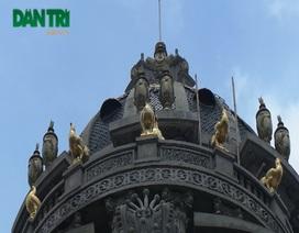 Cận cảnh những dinh thự dát vàng ở thủ đô