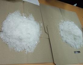 Bắt nóng 2 đối tượng đang giao dịch 2kg ma túy