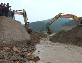 Chặn dòng, xây đập đất lớn nhất nước tại hồ chứa 775 triệu m3