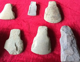 Cận cảnh bộ công cụ đá hơn 4000 năm tuổi